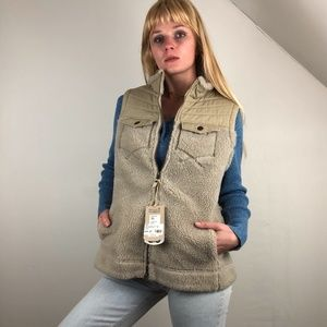NWT Tumbled Sherpa Fleece Vest with faux fur